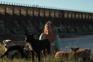 La mujer de los perros 1