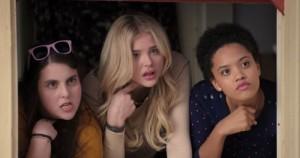 Buenos vecinos 2: Las chicas son guerreras 4