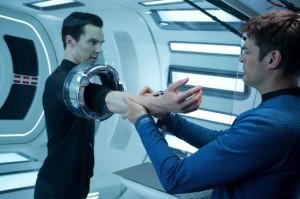 Star Trek: En la Oscuridad: Amigos en el espacio 5