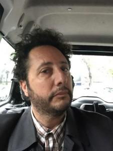 """Entrevista express a Alejandro Chomski, director de """"Existir sin vos - Una noche con Charly Garcia"""" 1"""