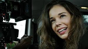 Entrevista a Laia Costa, co protagonista de Nieve negra: La mejor forma de aislarse es ir al cine 1