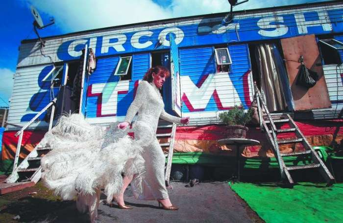 El gran circo pobre de Timoteo: La vida sin maquillaje 1