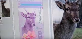 Nueva familia de billetes... : De lo innecesario y otras yerbas 2
