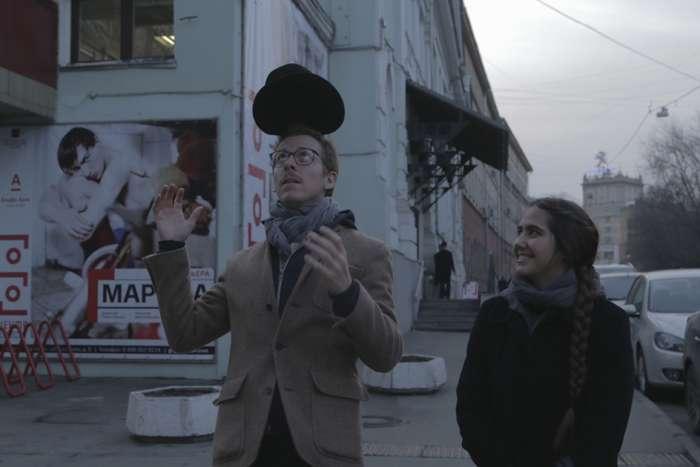Vermelho Russo: Actuar de persona. 3