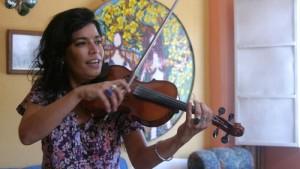 Cubanas: Revolución con aroma de mujer. 1