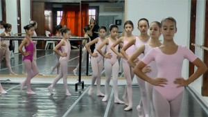 Un año de danza: Ganancias y pérdidas. 1