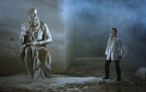 Michelangelo Infinito: Grieta inquebrantable entre lo humano y lo divino 3