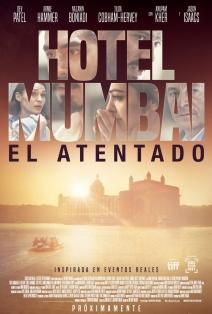 Hotel Mumbai, El atentado: 1