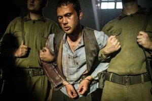 Milagro en la celda 7: Abusar de las debilidades 3
